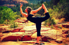 5 Benefits of Yoga that Will Keep You Young