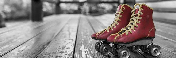 roller-skates-381216_640