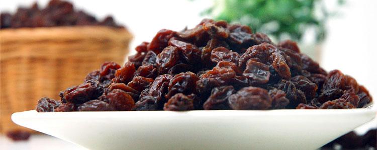 raisins_plate