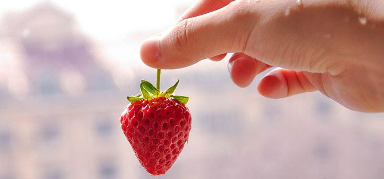 strawberry-1365716_960_720