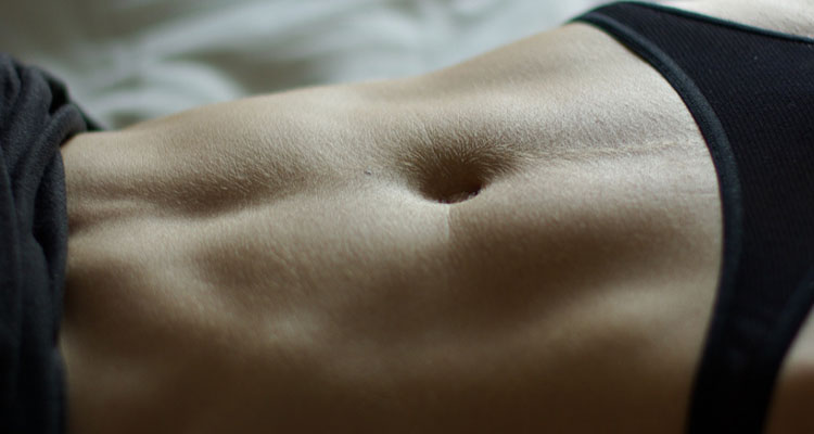 Abdominal_muscles_of_a_woman