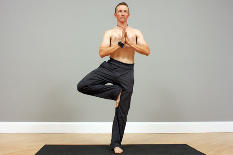 5 Yoga Poses For Men To Build Balance And Confidence